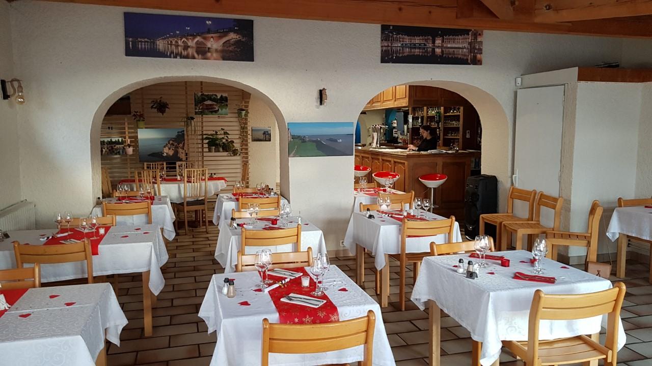 Restaurant du Relais de l'Estuaire, à côté de Blaye